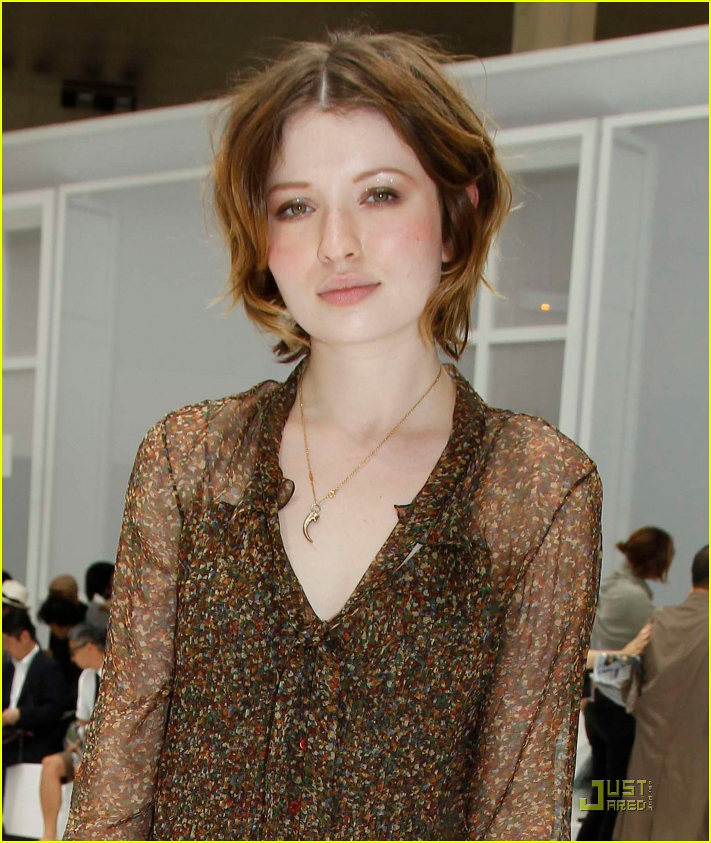 Emily Browning Hairstyles 2014 Topsimages