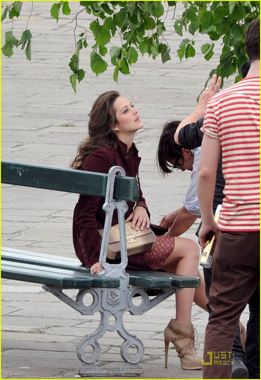 marion cotillard post baby body 122549225