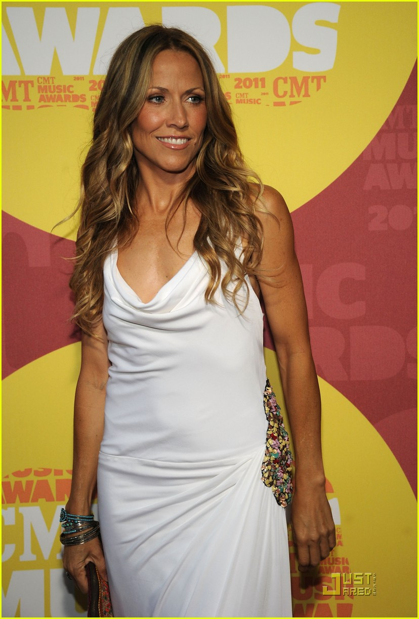 sheryl crow cmt awards 102550696