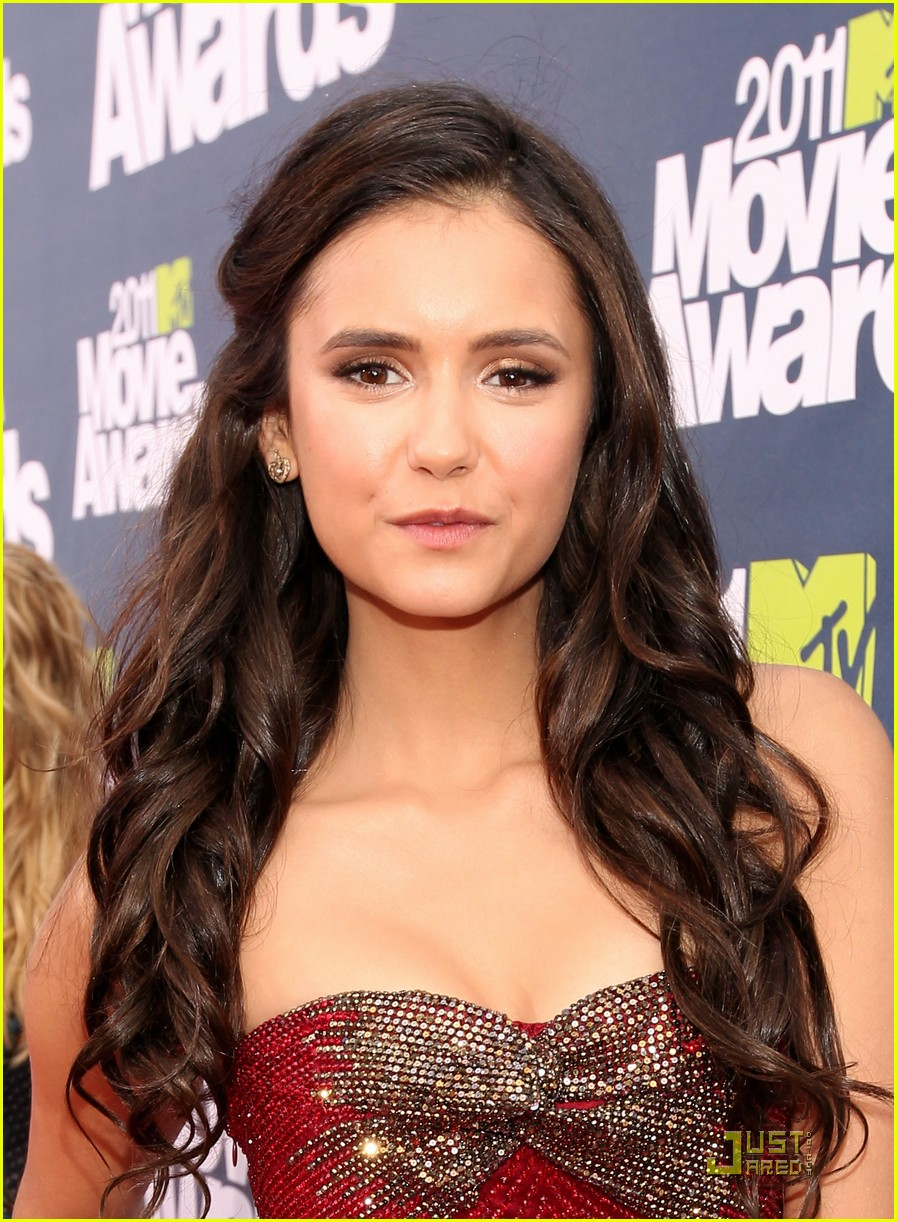 nina dobrev mtv movie awards 06