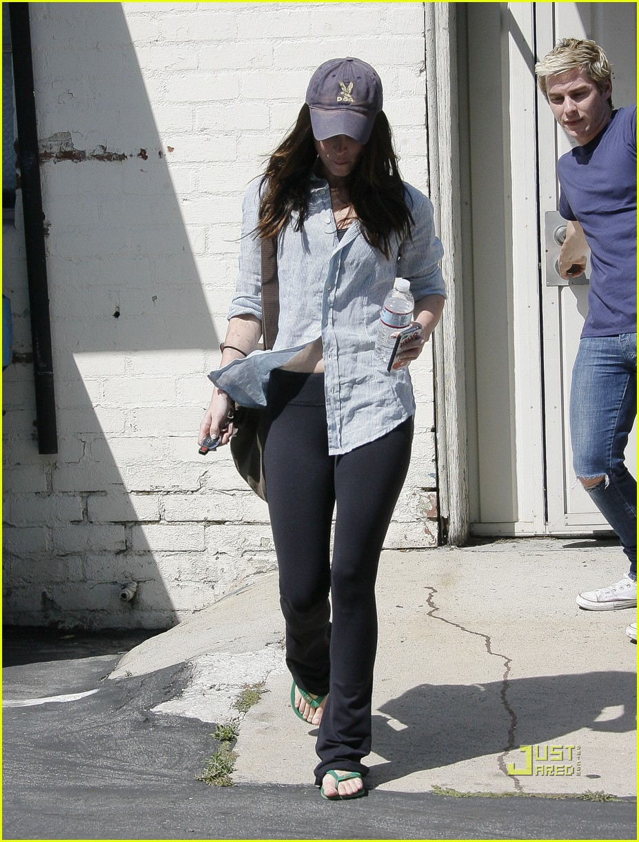 megan fox beverly hills salon 06