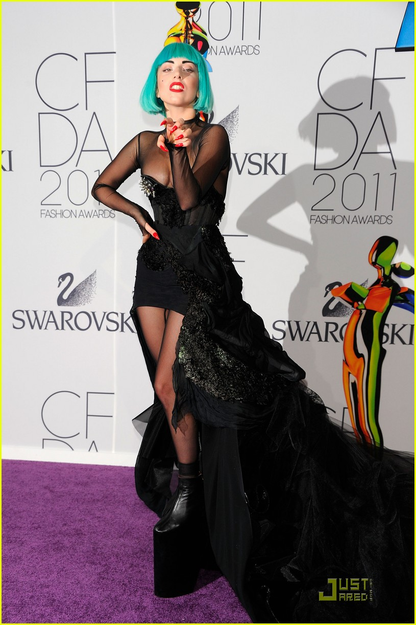 lady gaga cfda fashion awards 012550149