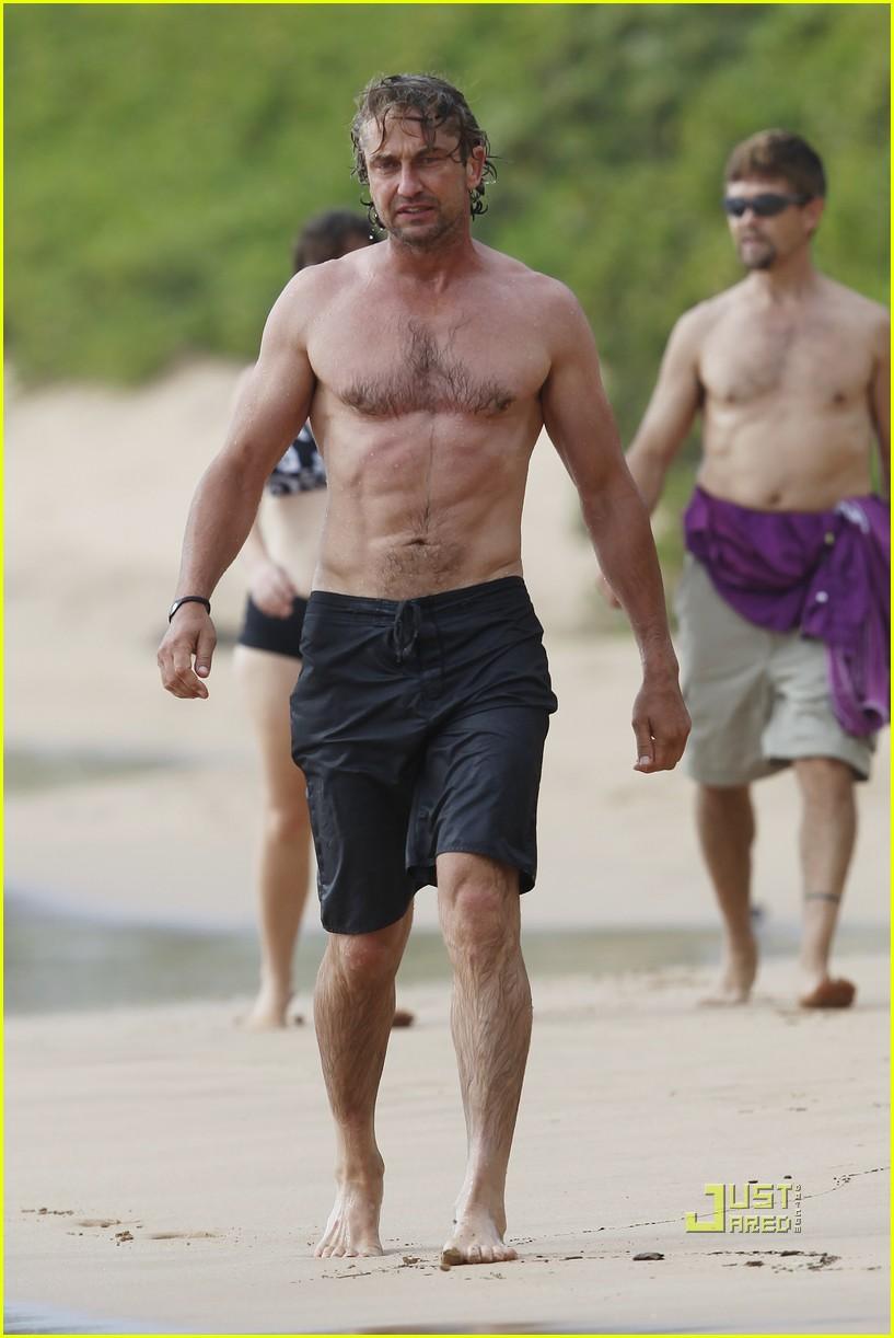 gerard butler shirtless surfing maui 032549962