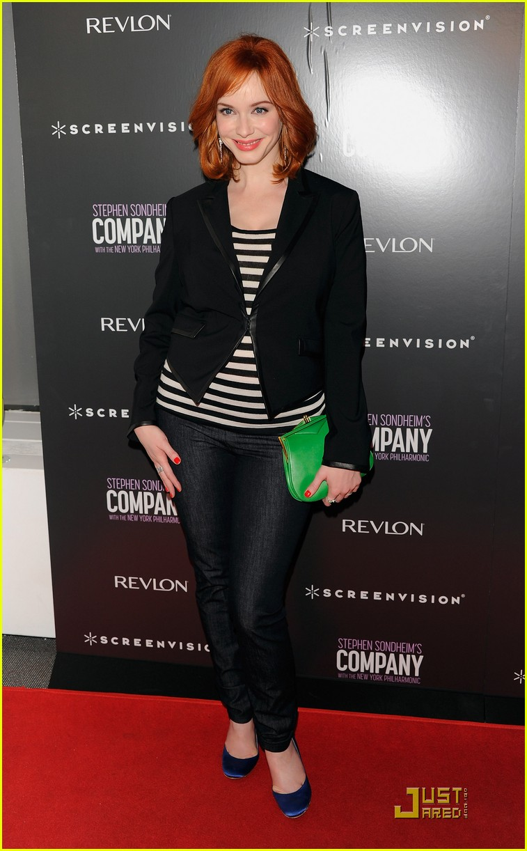 christina hendricks company with the new york philharmonic 07