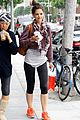 katie holmes cropped sweatshirt workout 02