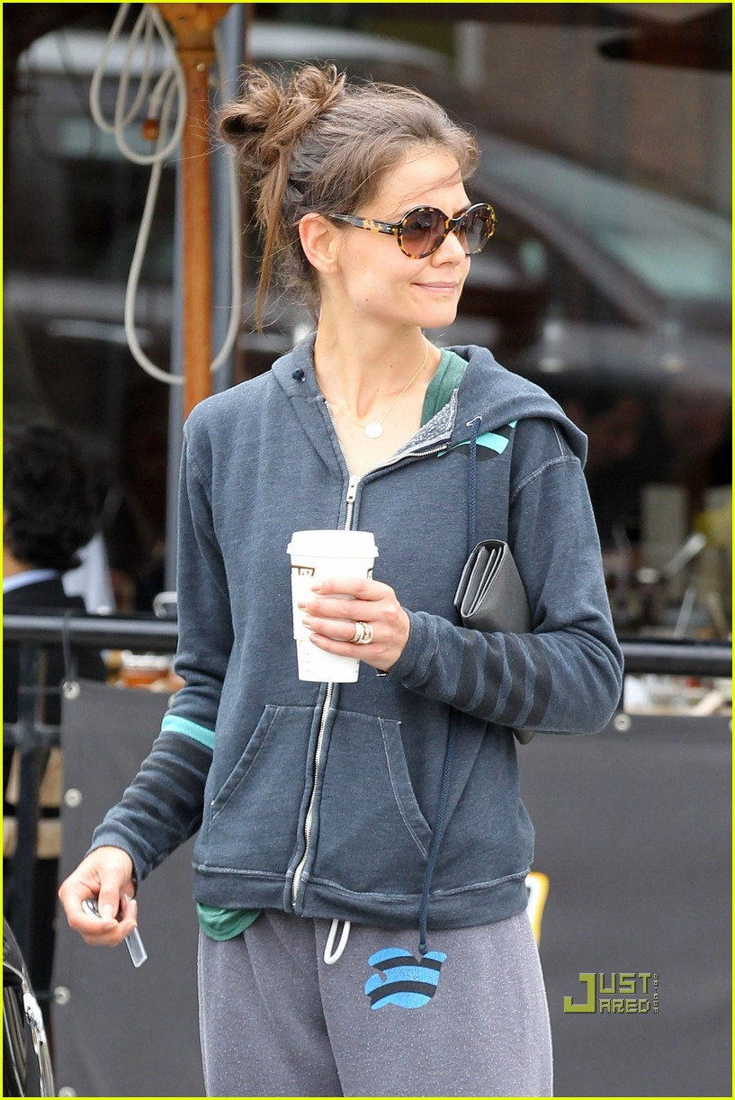 katie holmes sweats coffee free city 102550029