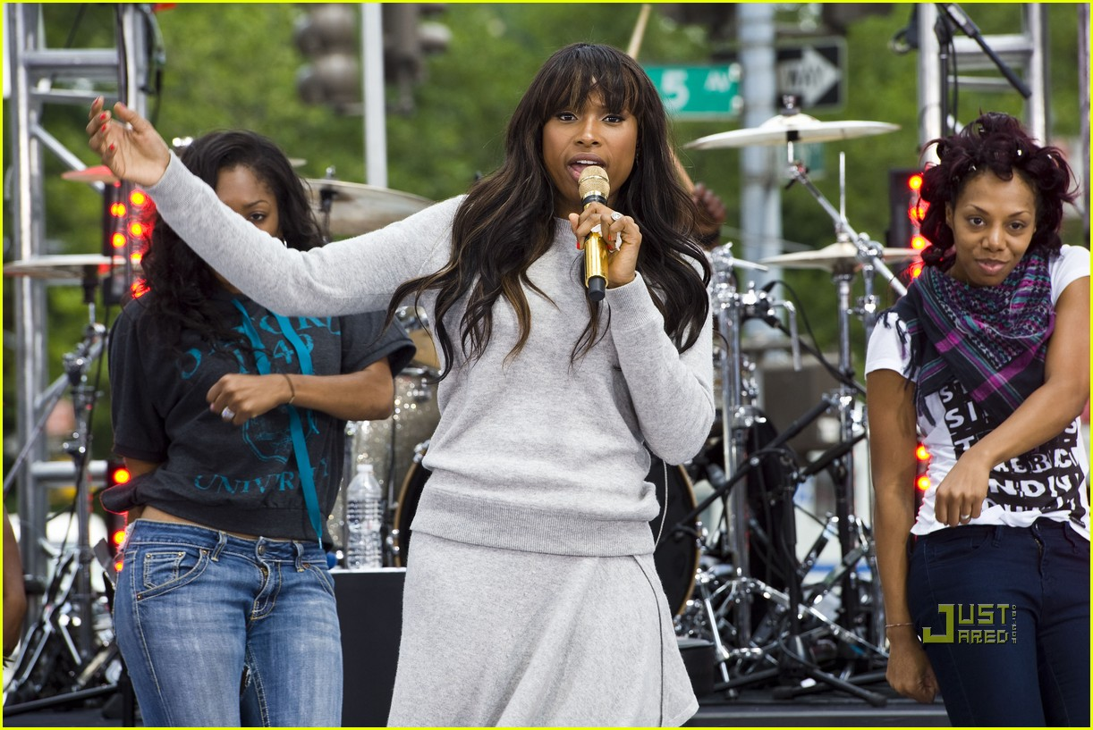 jennifer hudson early show 11