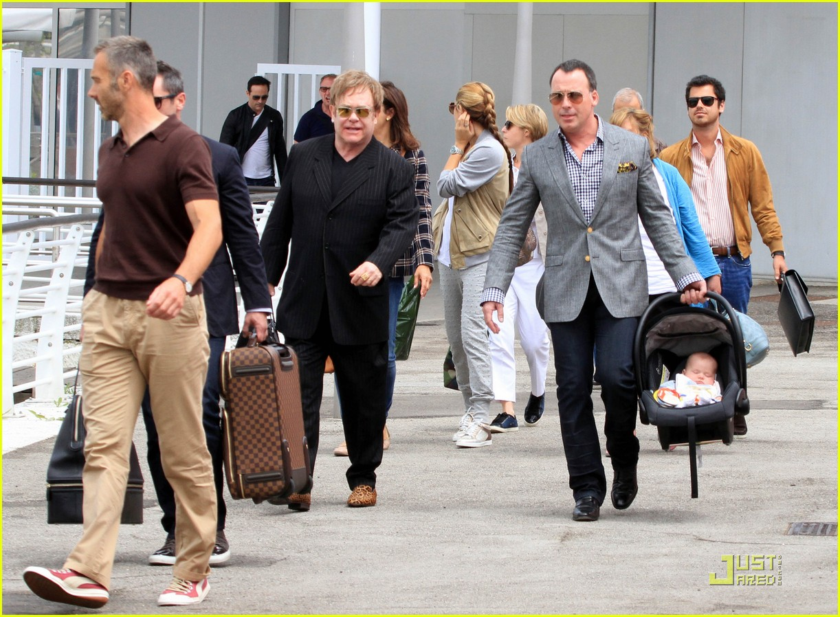 elton john david furnish italian vacation with zachary 032549206