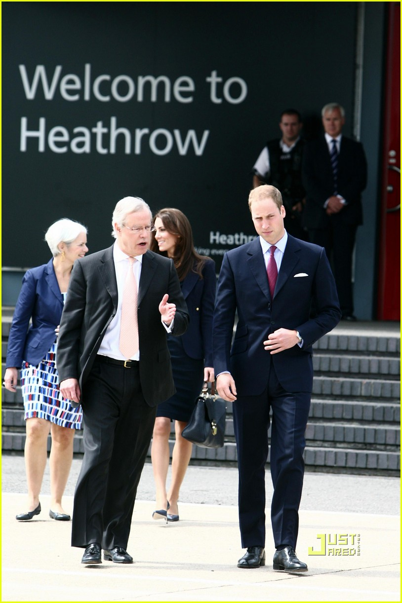 kate prince william fly to canada 012556495