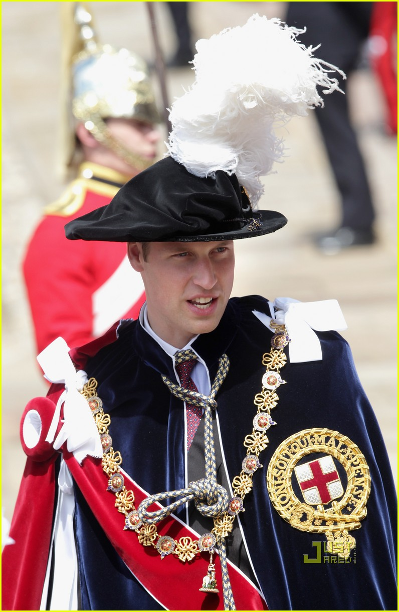kate middleton prince william garter service 01