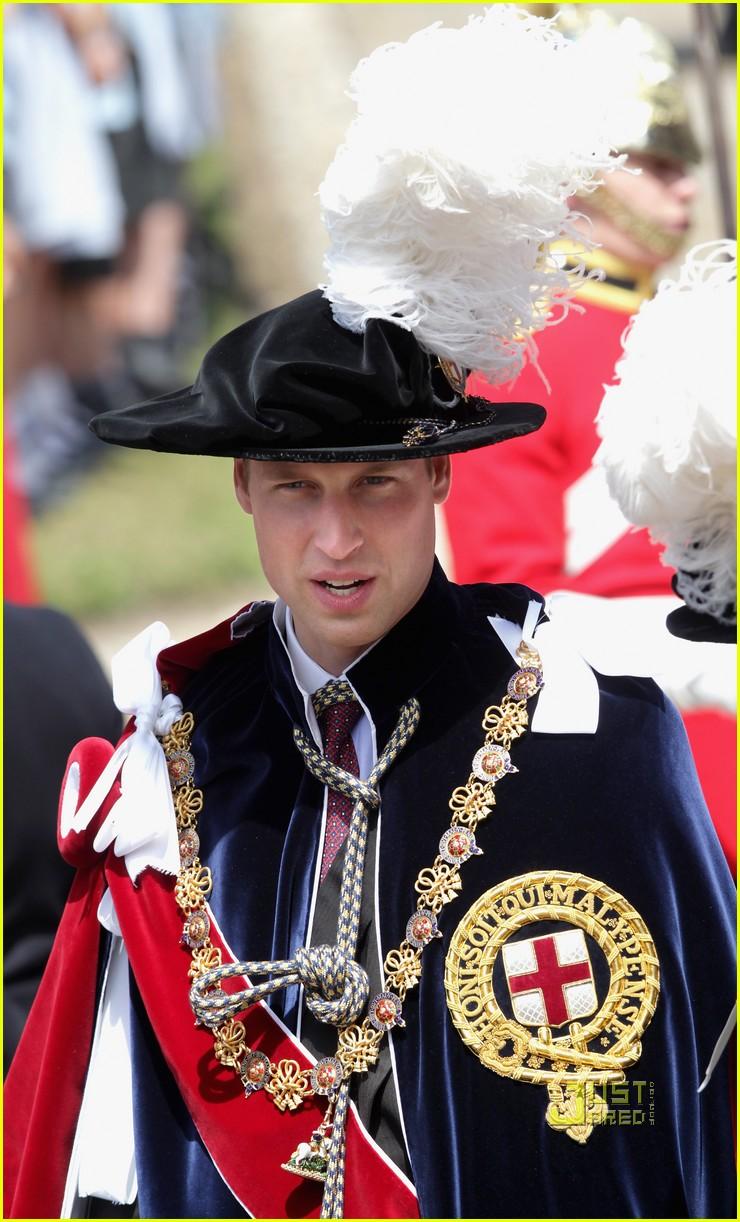 kate middleton prince william garter service 102552061