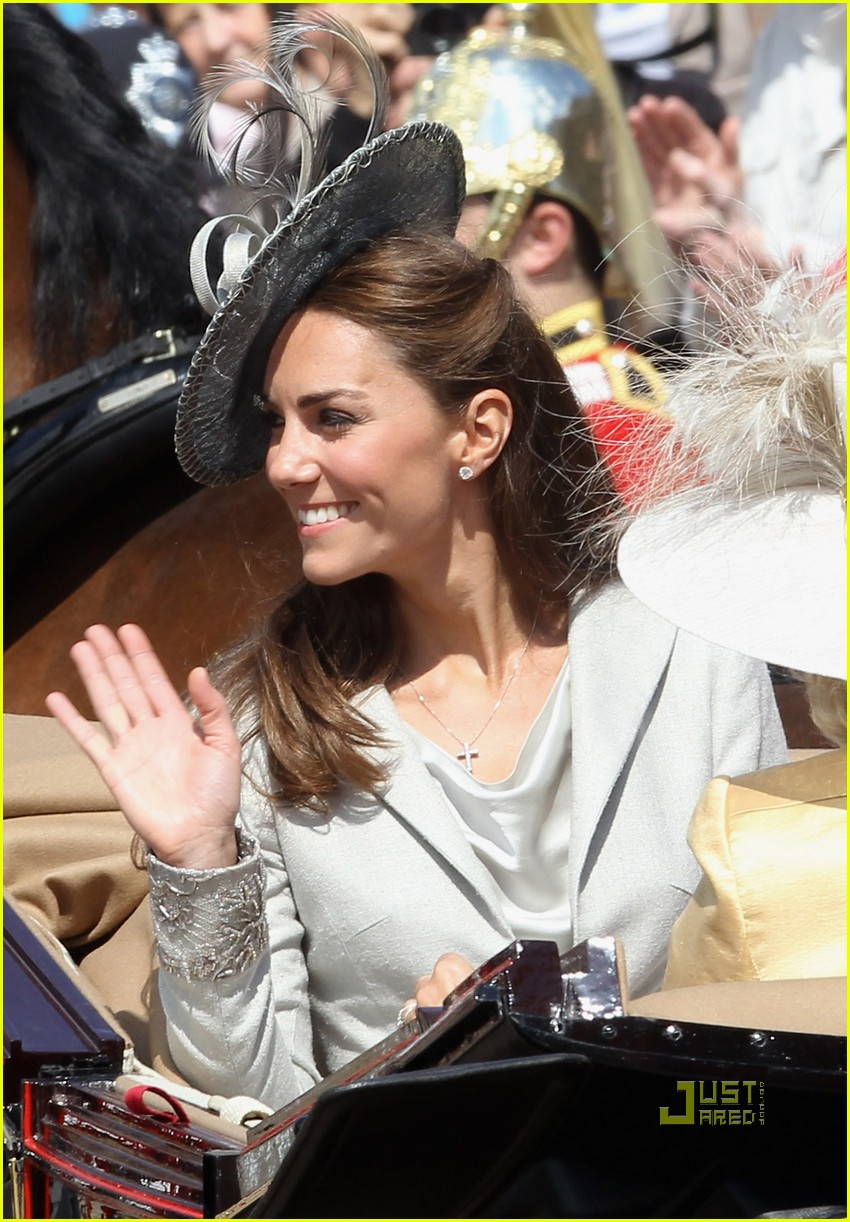 kate middleton prince william garter service 112552062