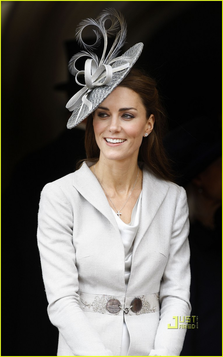 kate middleton prince william garter service 12