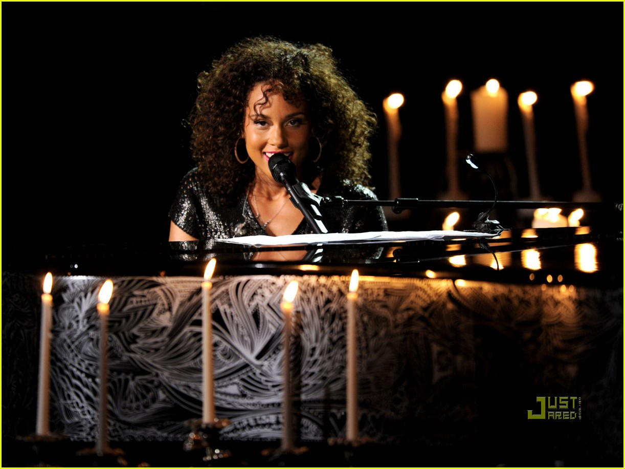 alicia keys pantages 072555486
