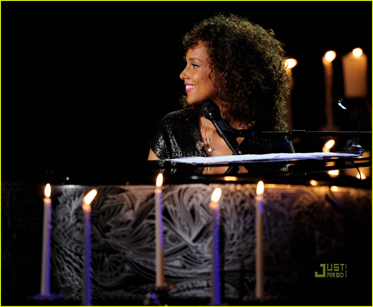 alicia keys pantages 092555488