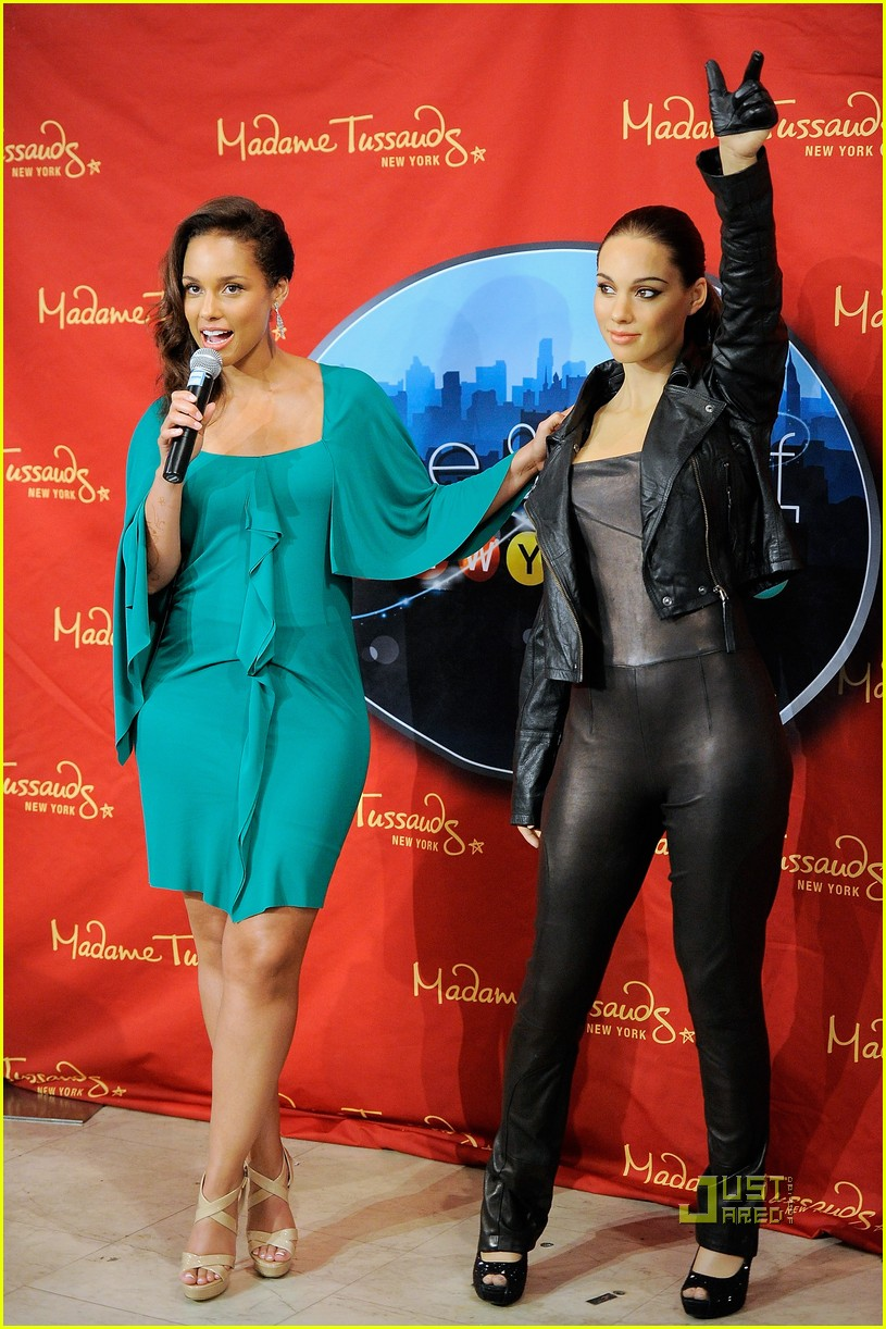alicia keys wax figure madame tussauds 022556047