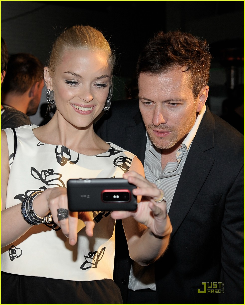 jaime king hardware radio shack events 02