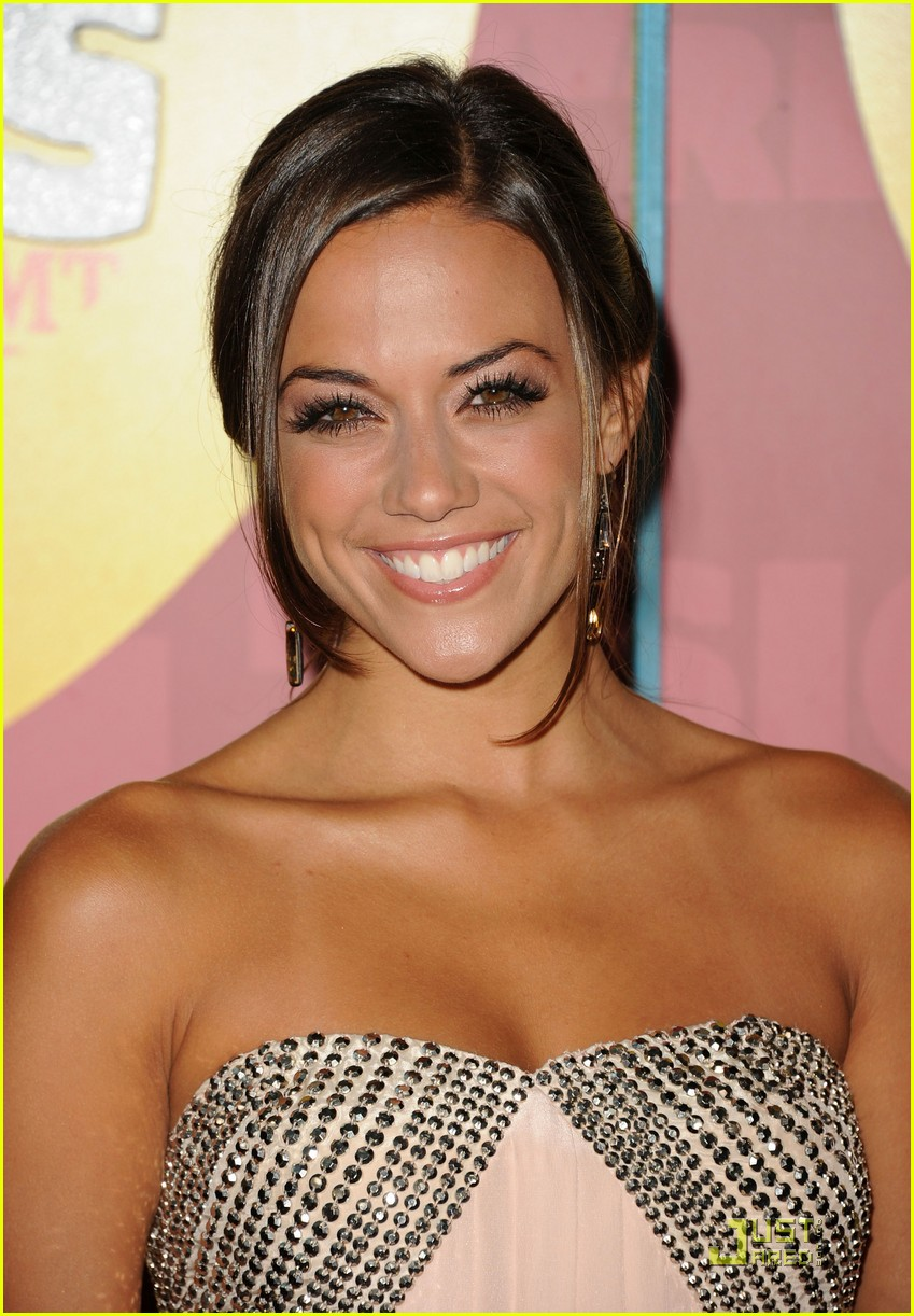 jana kramer hayley williams cmt awards 06