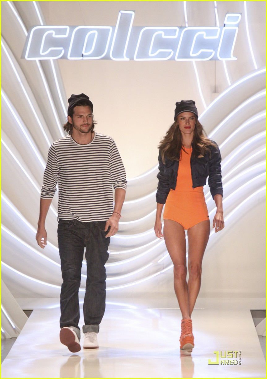 ashton kutcher alessendra ambrosio colcci fashion show 05