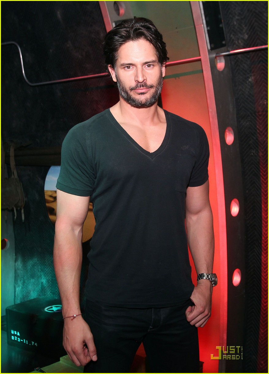 joe manganiello rebecca romijn playstation preview 012551544