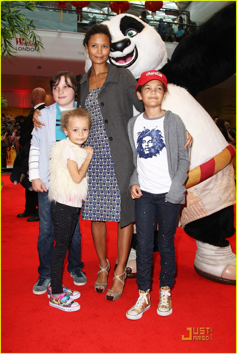 thandie newton kung fu panda 2 premiere with kids 012549662