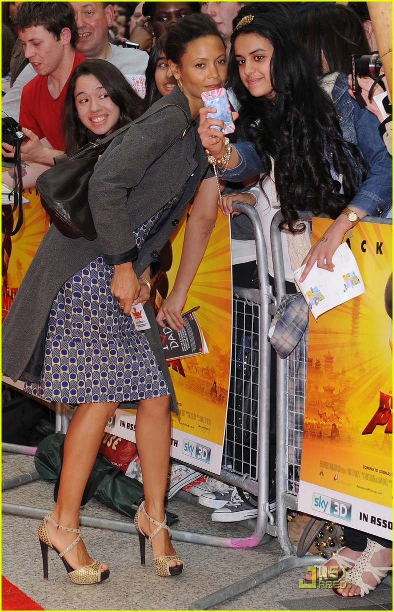 thandie newton kung fu panda 2 premiere with kids 022549663