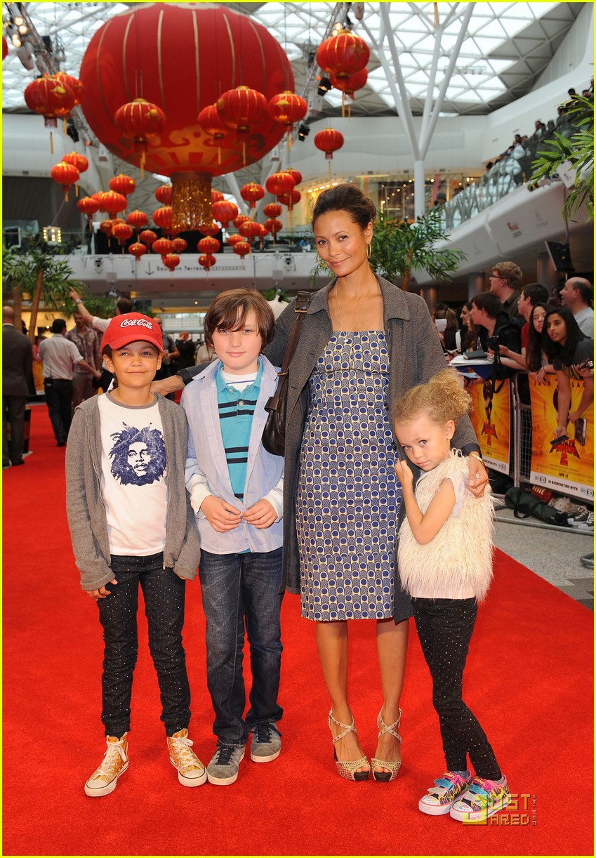 thandie newton kung fu panda 2 premiere with kids 092549670