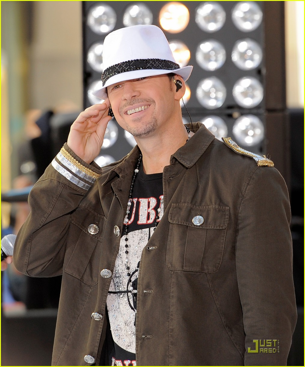 nkotbsb today show 092549354