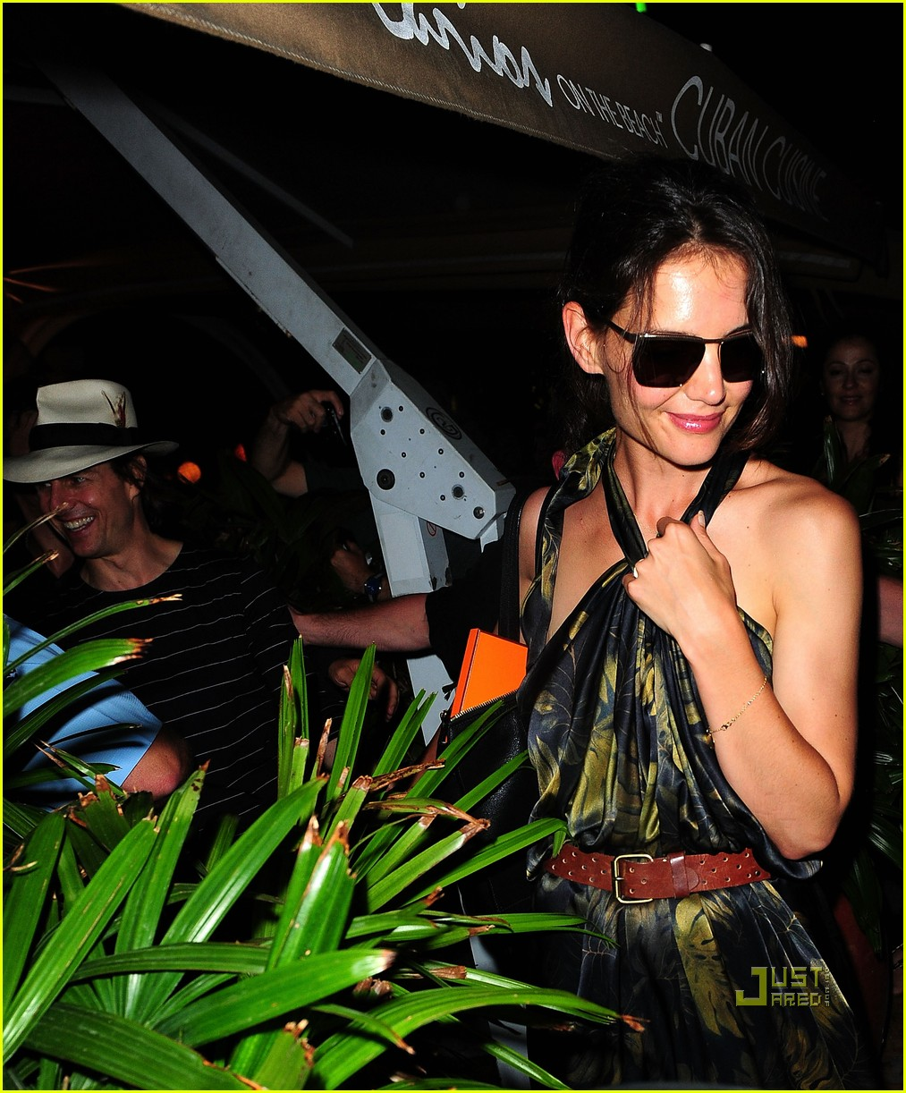 tom cruise katie holmes rock of ages cast party 02