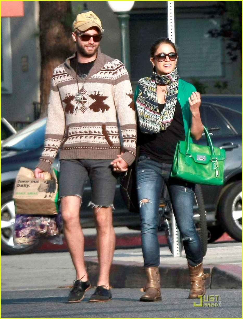 nikki reed paul mcdonald holding hands in hollywood 102551575