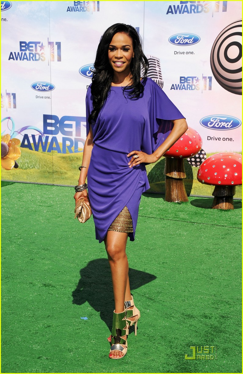 kelly rowland michelle williams bet awards 2011 042555764