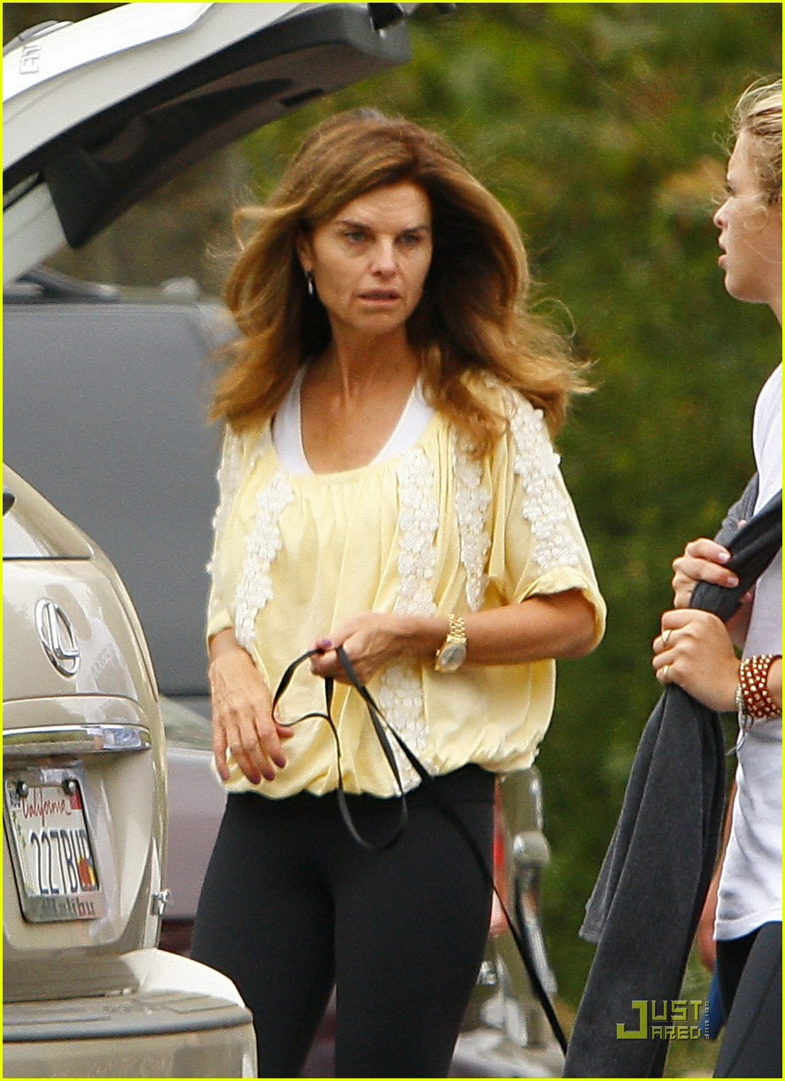 maria shriver hikes arnold patrick schwarzenegger lunch 05