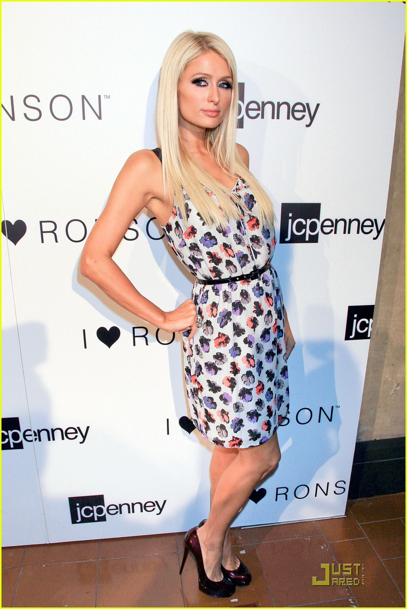 ashlee simpson nicole richie i heart ronson party 052554528