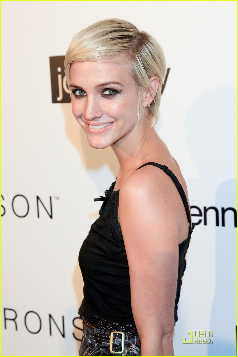 ashlee simpson nicole richie i heart ronson party 062554529