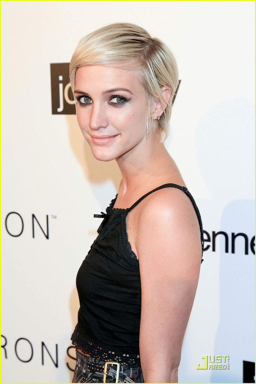 ashlee simpson nicole richie i heart ronson party 082554531