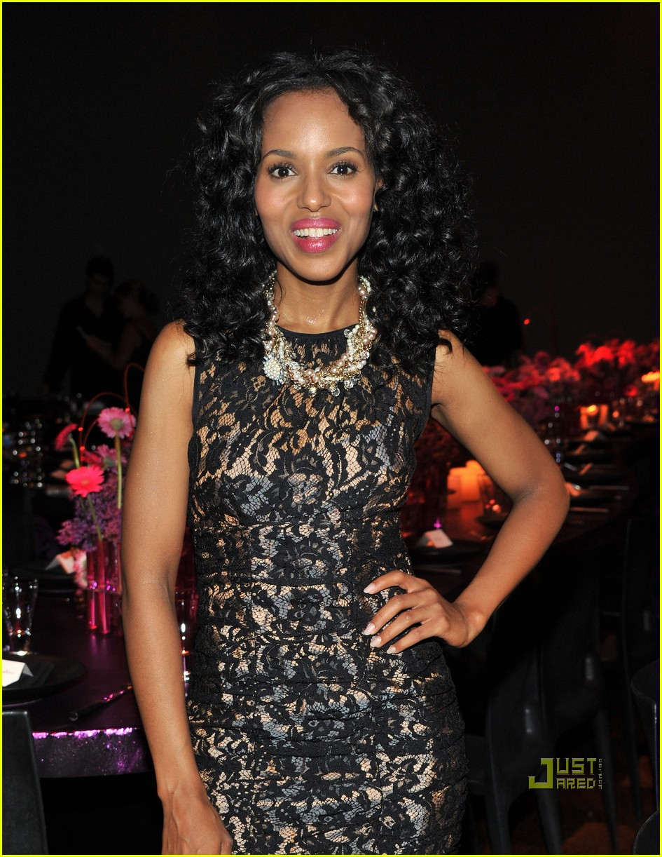 kerry washington thandie newton vday 032550977