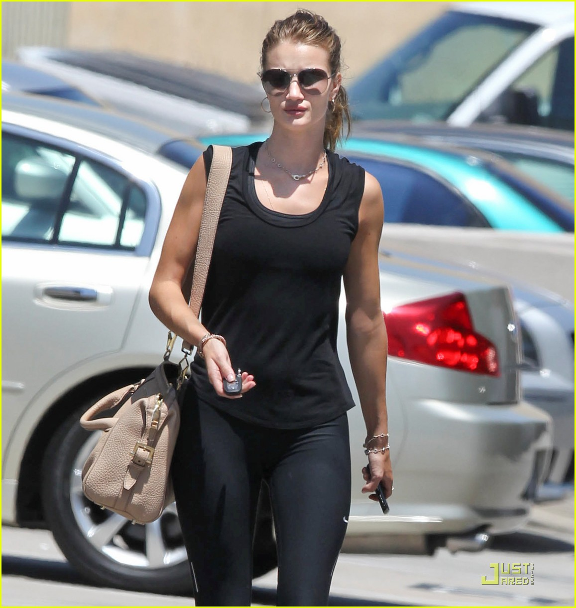 Full Sized Photo of rosie huntington whiteley gym 02 | Photo 2552515 ... Rosie Huntington Whiteley