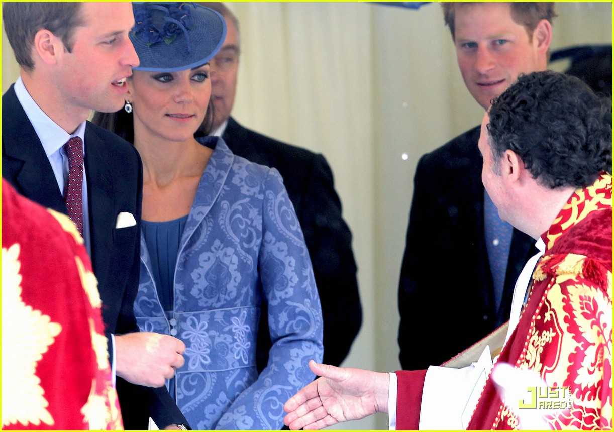 prince william kate sunday church with prince harry 07