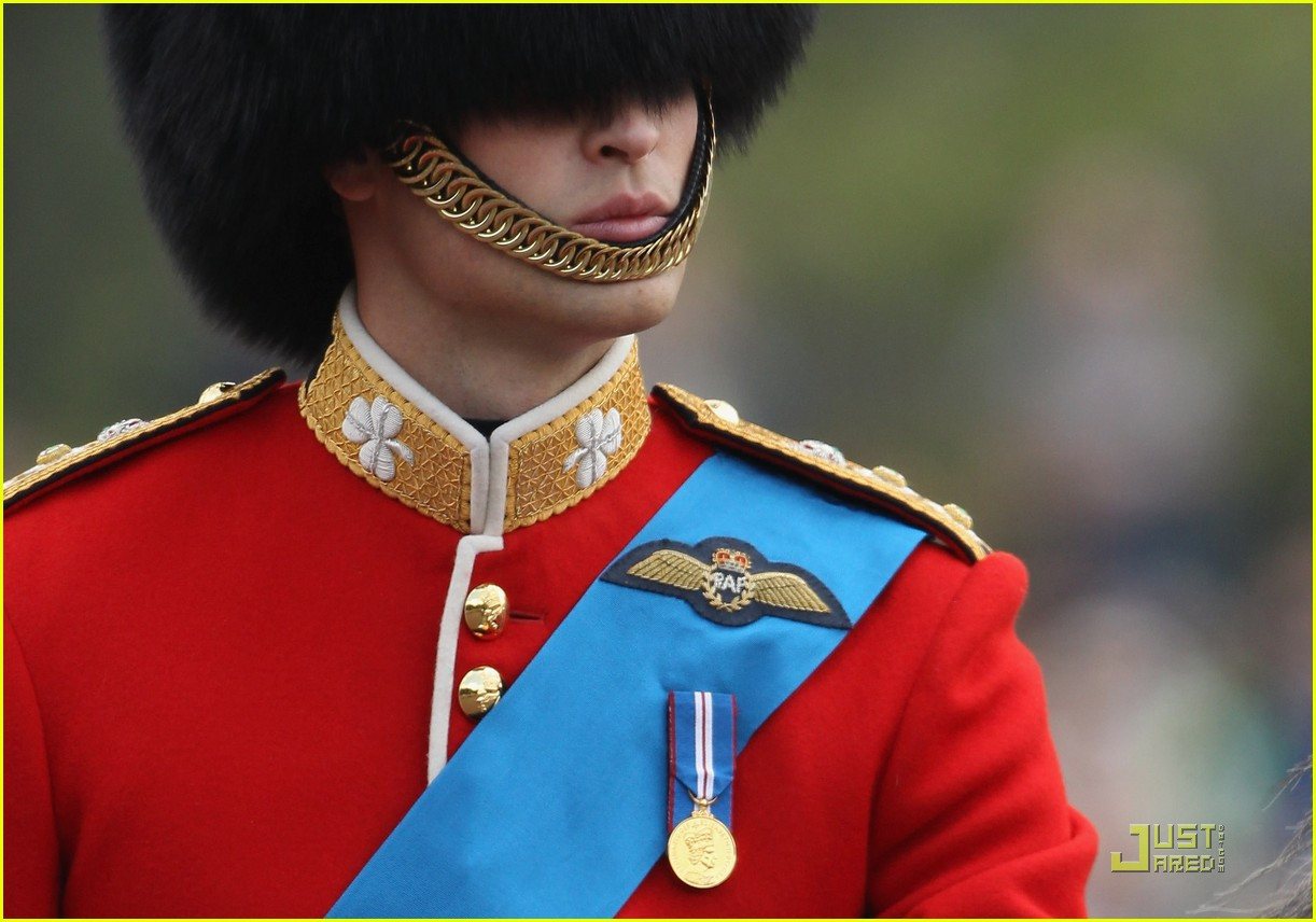 prince william kate middleton troopping colour 18