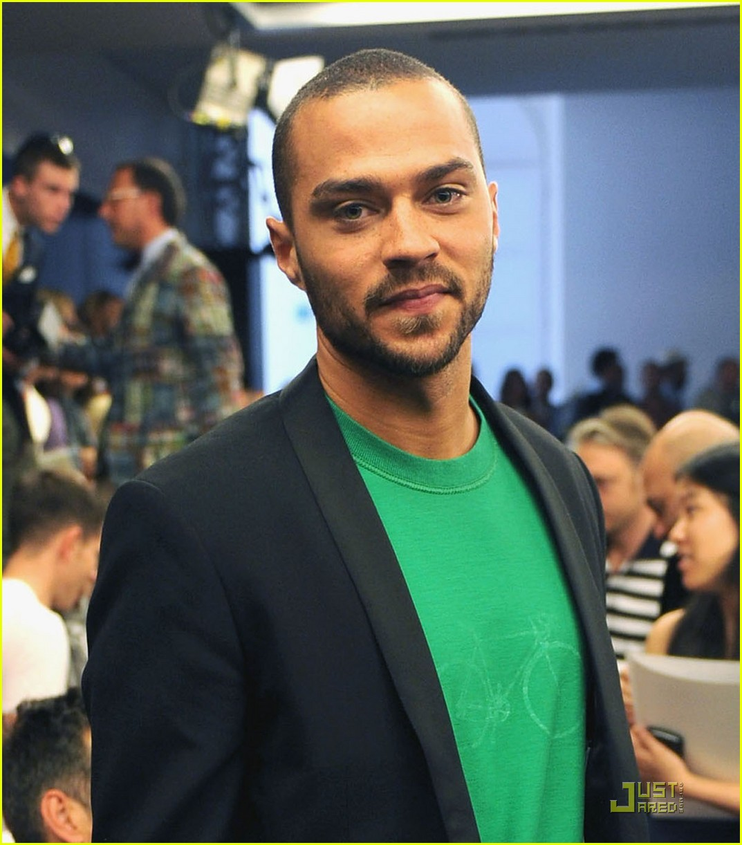 jesse williams milan fashion week 01