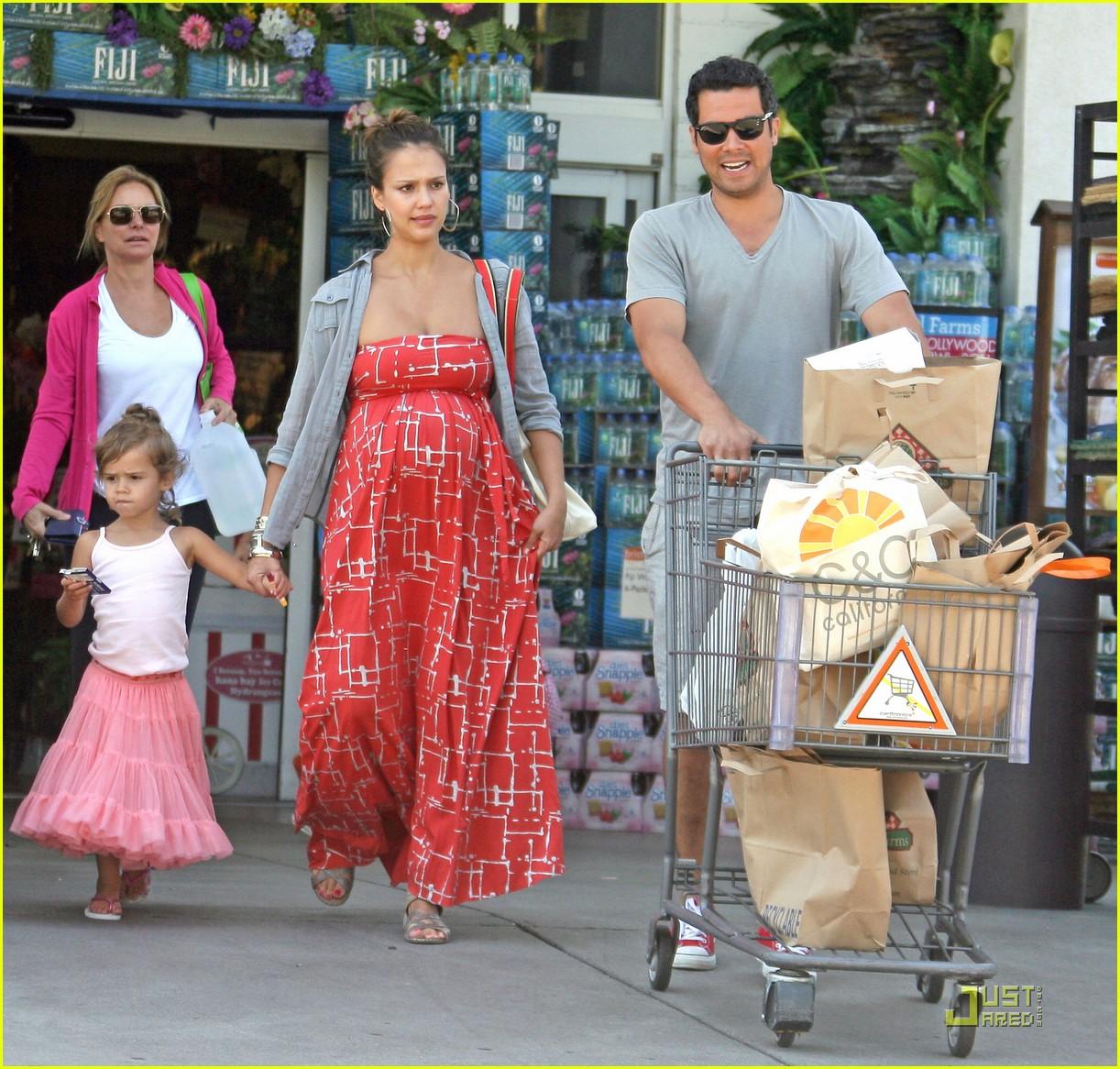 jessica alba family grocery 062561684