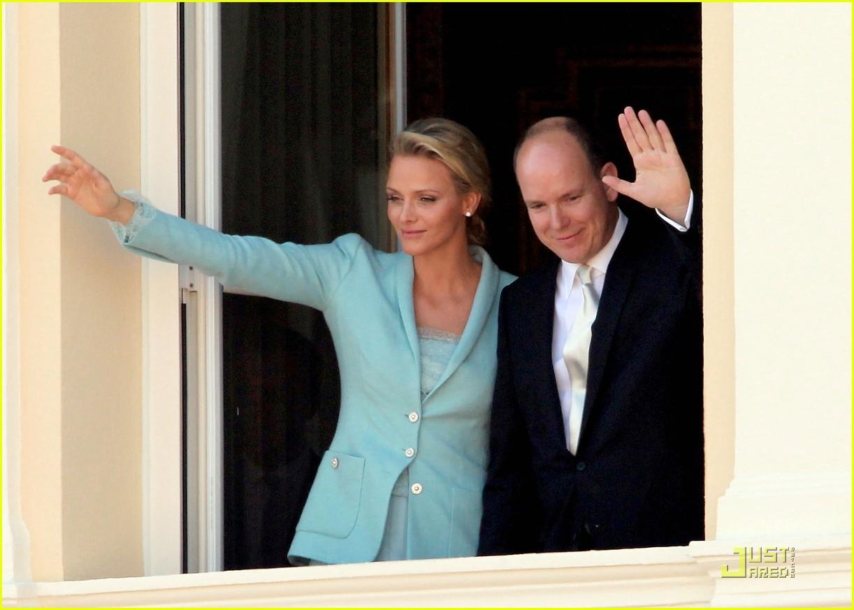 Monaco\'s Prince Albert Weds Charlene Wittstock!: Photo 2556879 ...