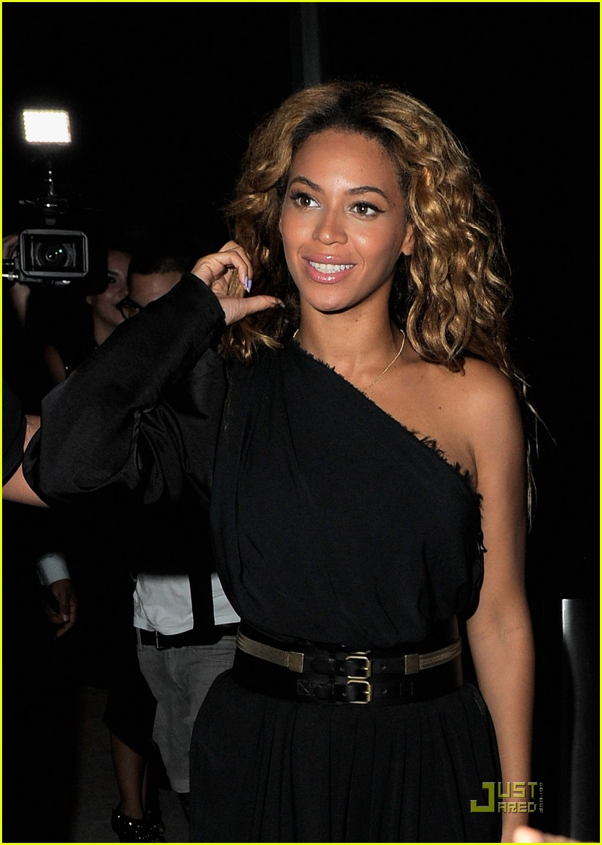 beyonce here i am release party 052564109