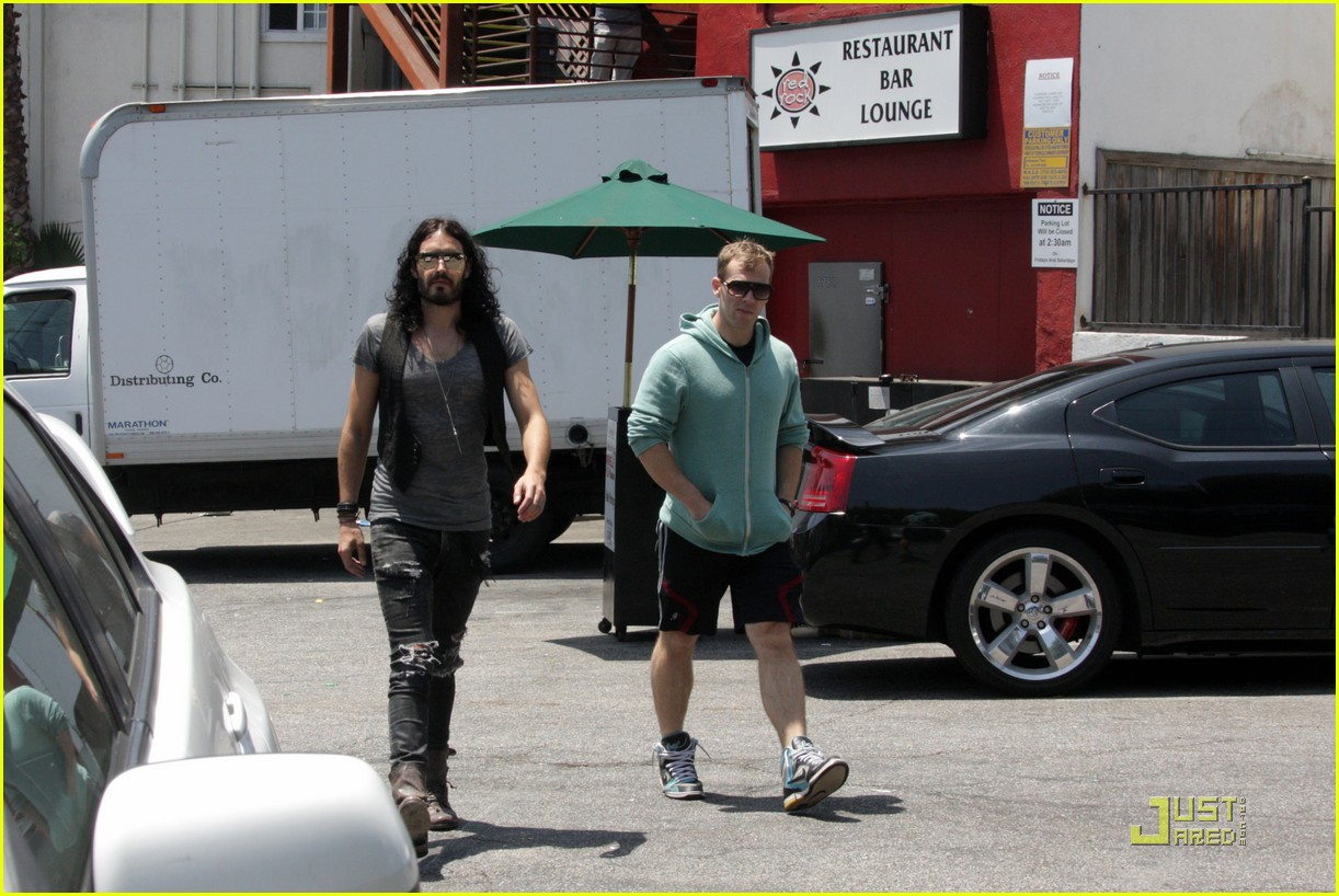russell brand red rock 082564994
