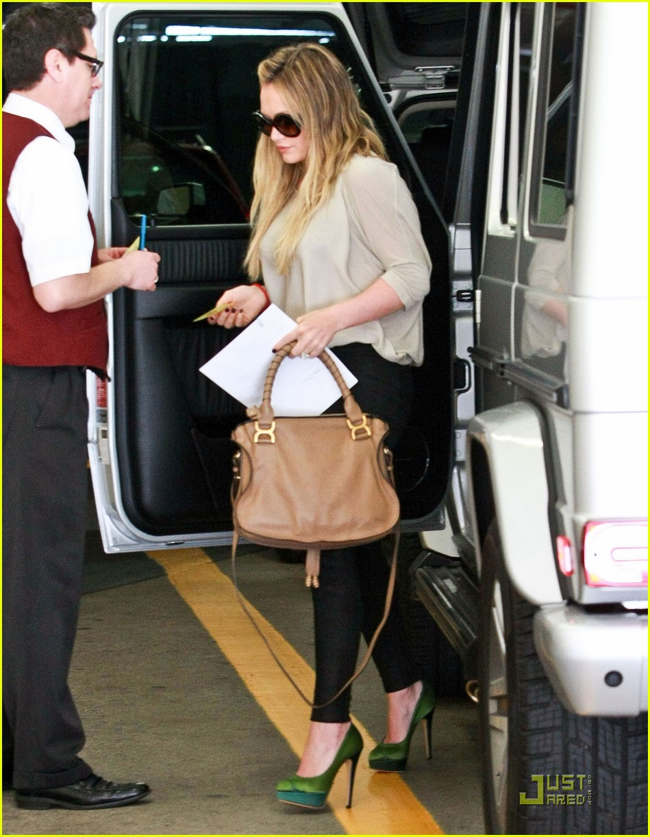 hilary duff medical building 022561305