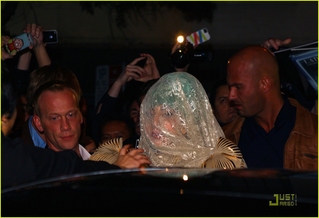 lady gaga club sydney 10