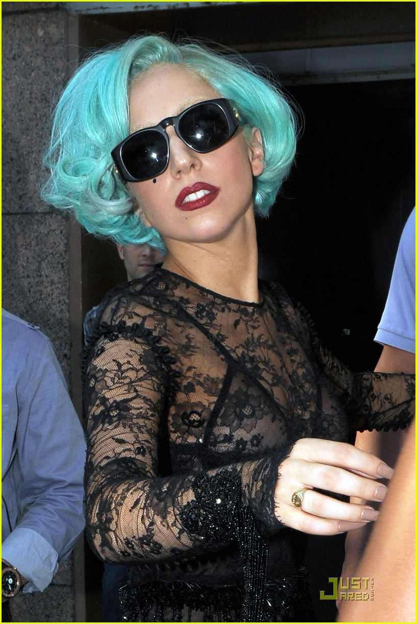 lady gaga 12 million twitter followers 02
