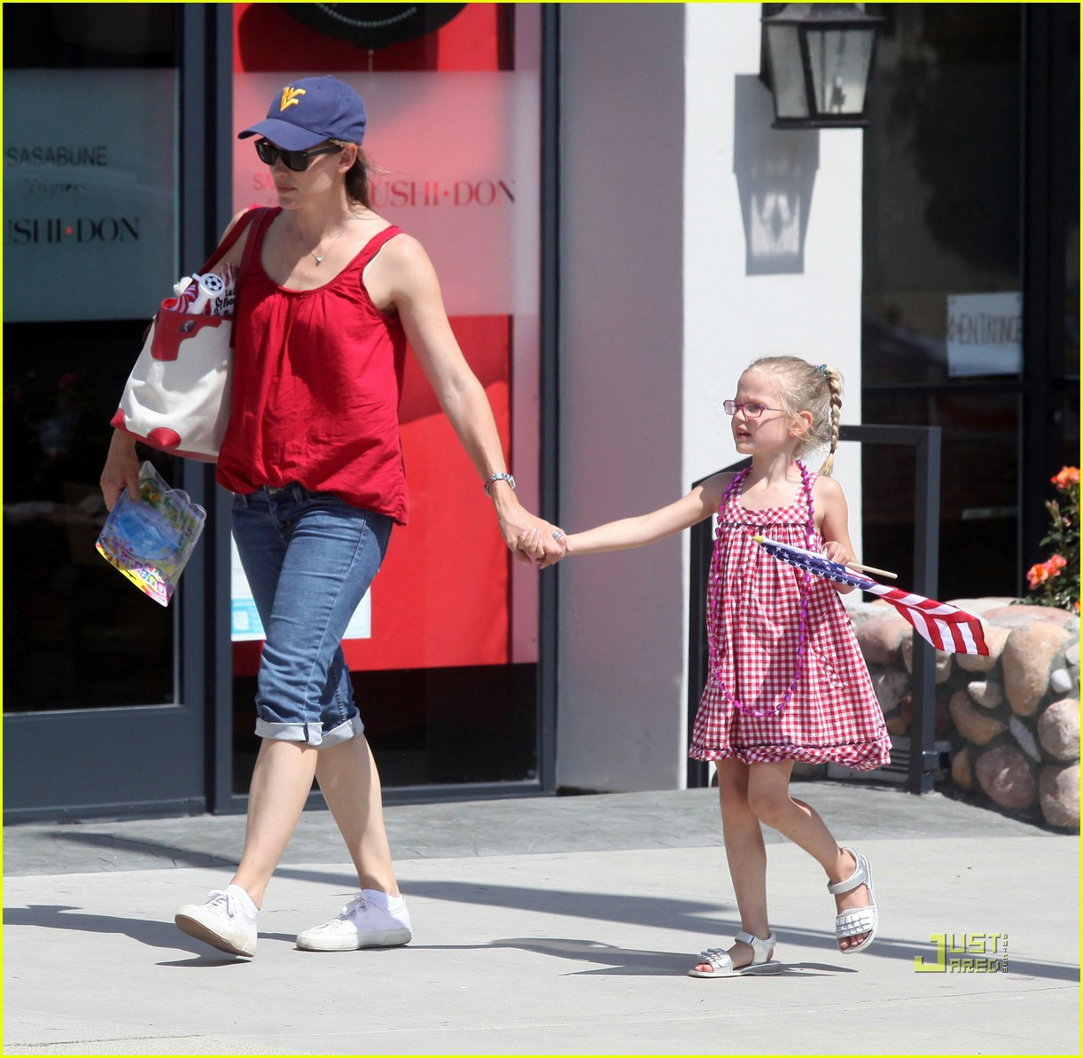 jennifer garner ben affleck seraphina violet july 4th 022557969