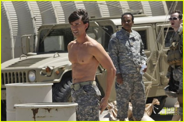 christopher gorham shirtless covert affairs 032558021