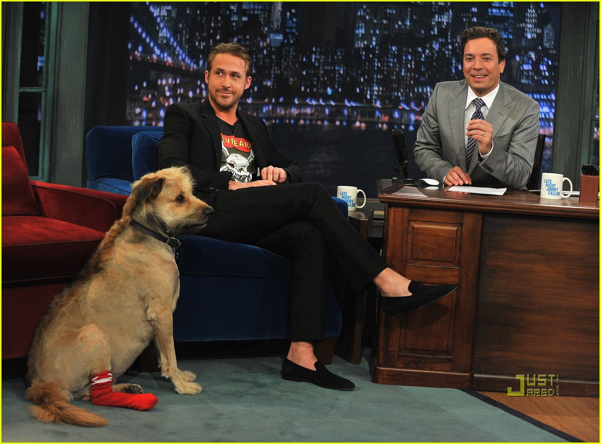 ryan gosling late night jimmy fallon 01